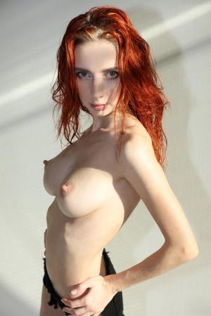 Skinny Girl Porn Pics