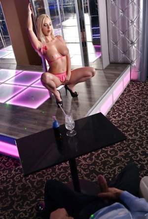 Striptease Porn Pics
